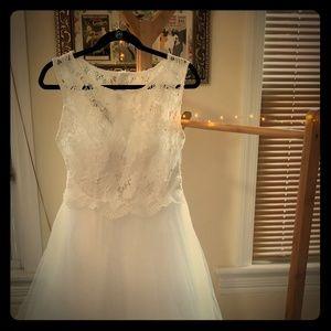 Brand New Wedding Dress lace overlay